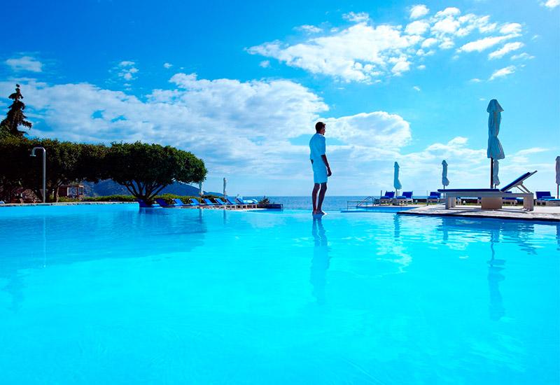 Hotels Mit Pool Bei Wegde
