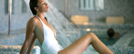 Frau Wellness Therme Tschechien